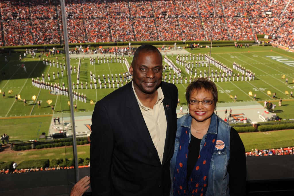Sometimes even the leaders of the free world need a chance to enjoy some Auburn football. War Eagle!